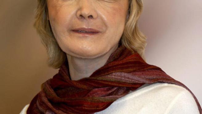 Isabelle Dinoire, primera mujer a la que se practicó un trasplante de cara, con su nuevo rostro.