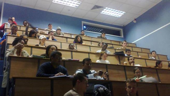 Alumnos en clase de una universidad de EE UU.