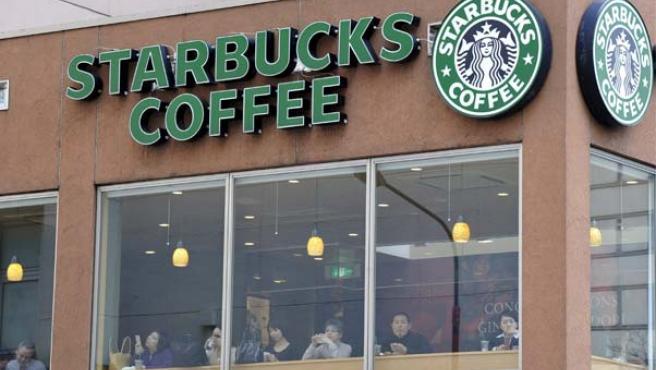 El 70% de los establecimientos que cerrarán sus puertas estaban abiertos desde principios del año fiscal 2006. (EFE)