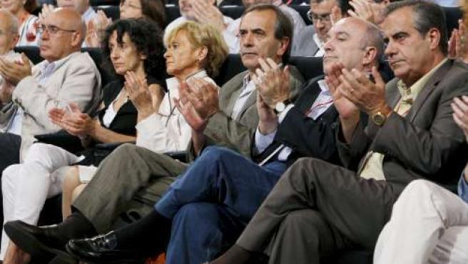J.Rojo, M.Cabrera, M.T. Fdez de la Vega, J. Alonso, J. Almunia y C.Corbacho. (EFE)