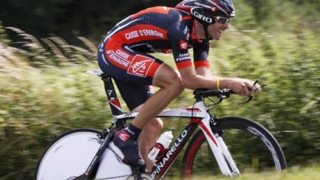 Alejandro Valverde, en acción durante la crono de la cuarta etapa del Tour 2008 (REUTERS).