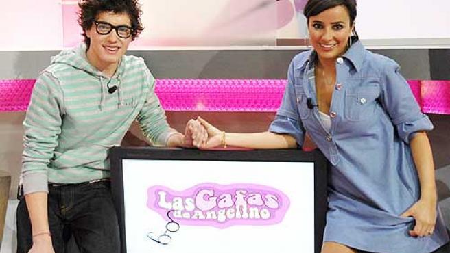 Los presentadores de 'Las gafas de Angelino'.