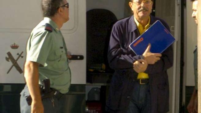 El ex regidor, a su llegada a los juzgados de Granada.