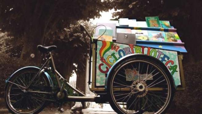 La ciclobiblioteca de Anxo Moure (FLICKR)