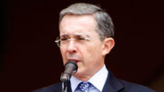 Uribe ha pedido perdón por utilizar el emblema del organismo. (ARCHIVO)