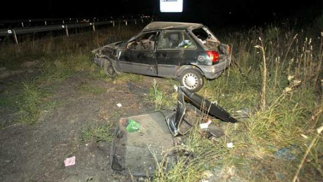 Un hombre de 46 años, natural de Mos, falleció tras sufrir un accidente de tráfico en el término municipal de Porriño. (EFE)
