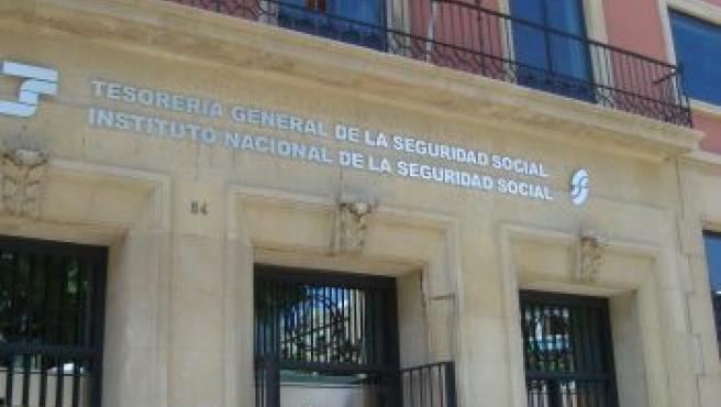 Edificio del INSS y Tresorería en la Rambla Nueva de Tarragona.