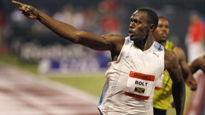 Usain Bolt, poco después de batir el récord del mundo. (AGENCIAS)