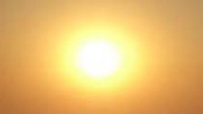 El calor intenso estará presente en casi toda España. (ARCHIVO)