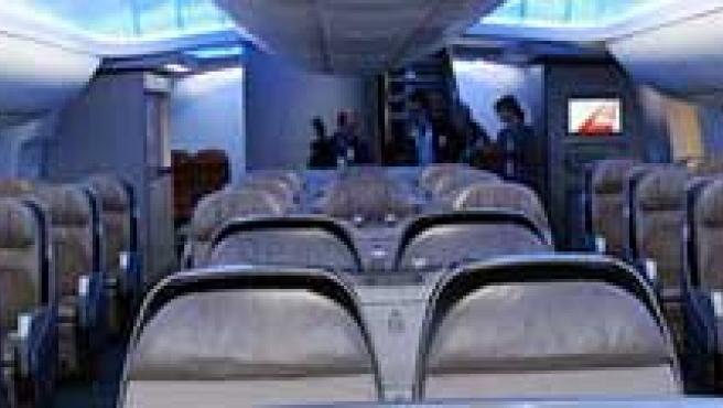 Las líneas aéreas ofrecerán 59,7 millones de plazas menos en los próximos meses.
