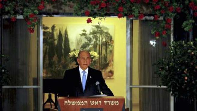 Olmert, durante la rueda de prensa donde anunció que no seguiría siendo presidente. (REUTERS)