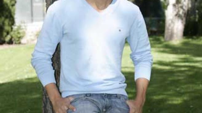 Julio José Iglesias está promocionando su segundo disco.