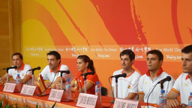 De izda a derecha: Abajo, Navarro, Pina, Menéndez y Martí.