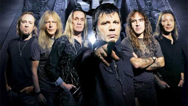 Imagen de los miembros de Iron Maiden.
