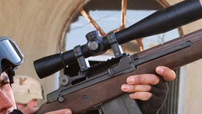 Algunos niños quieren ser francotiradores de mayores.