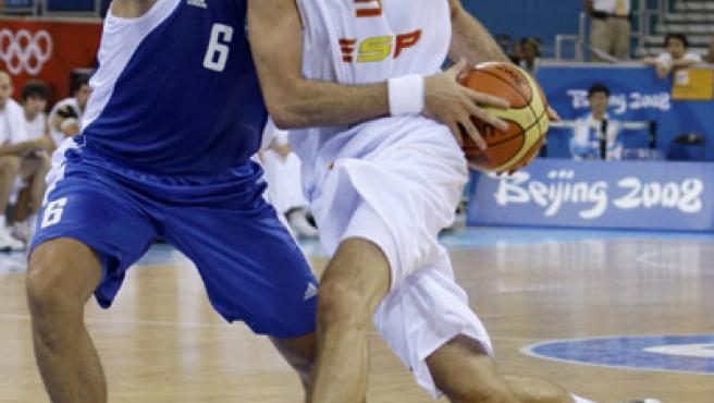 Rudy Fernández, en un lance del partido ante Grecia. (REUTERS)