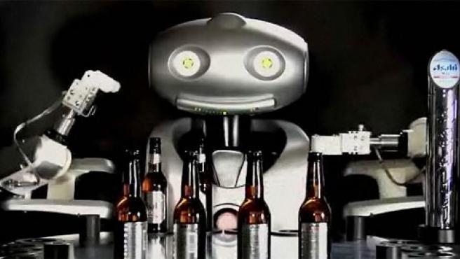Mr. Asahi, el robot camarero.