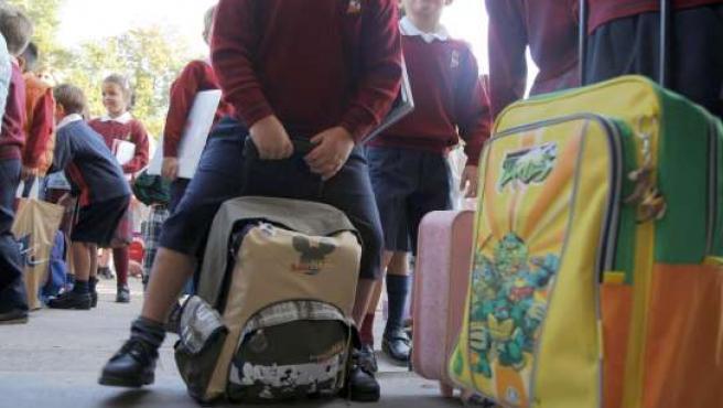 En los colegios públicos, la cifra baja hasta los 630 euros. (ARCHIVO)