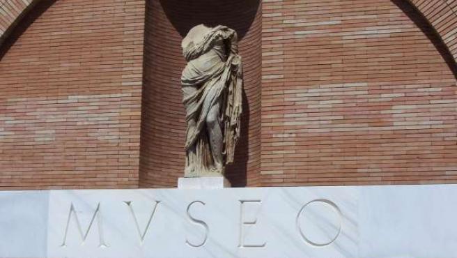 Fachada del Museo Nacional de Arte Romano de Mérida (FLICKR)