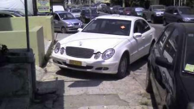 Uno de los coches afectados.