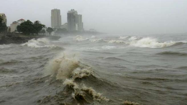 'Gustav' es la séptima tormenta tropical en la presente temporada de ciclones del Atlántico. EFE/ORLANDO BARRÍA