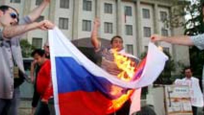 Protestas contra Rusia en Georgia. (AGENCIAS)