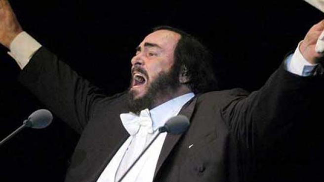 Pavarotti, en una de sus últimas actuaciones. (FOTO: ARCHIVO)