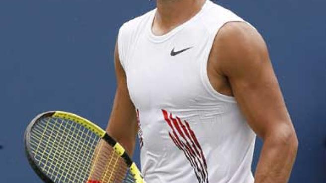 Rafa Nadal se lamenta en un momento del partido en el que cayó ante Andy Murray.