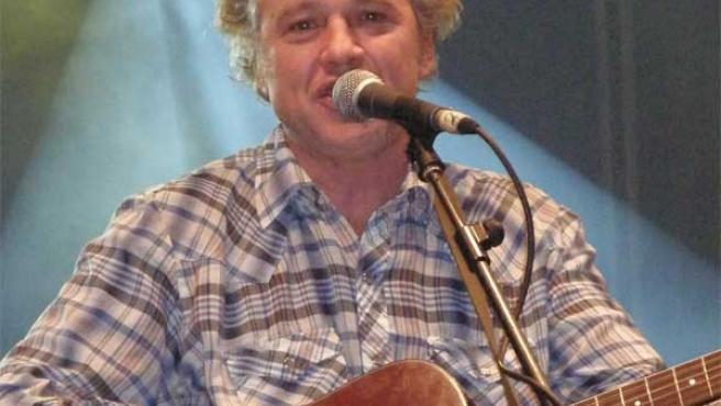 Mark Olson, cantante y guitarrista de The Jayhawks, durante el concierto. (SILVIA MANZANO)