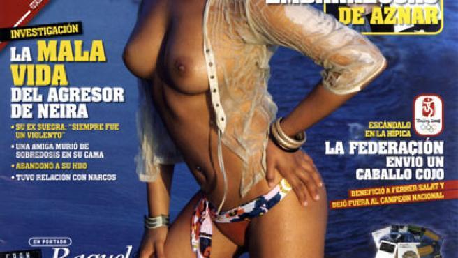 Raquel Abad posa para la portada de 'Interviú'.