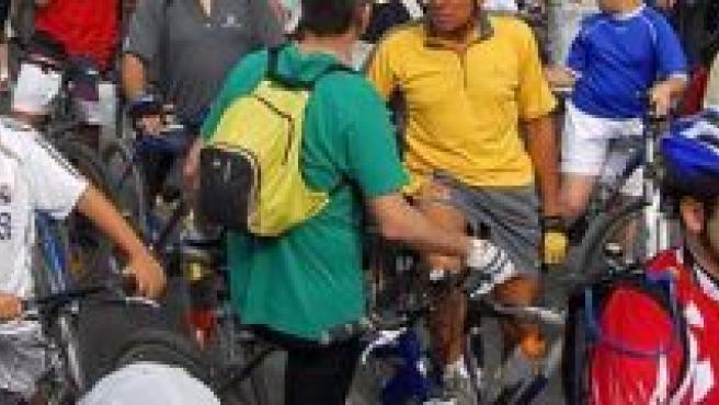 Ciclistas en el Día de la Bicicleta.