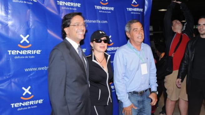 La cantante cubana, a su llegada a la Isla.