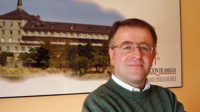 El profesor y doctor de la Universidad Católica de Ávila Alfonso Isidro López Díaz.