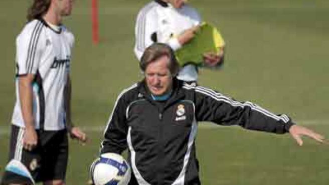 Bernd Schuster, entrenador del Real Madrid, en un entrenamiento.