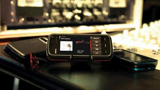 El nuevo móvil, con pantalla táctil y tarifa plana de música.