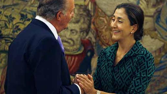 Betancourt saluda al Rey en su última visita a España (ARCHIVO)