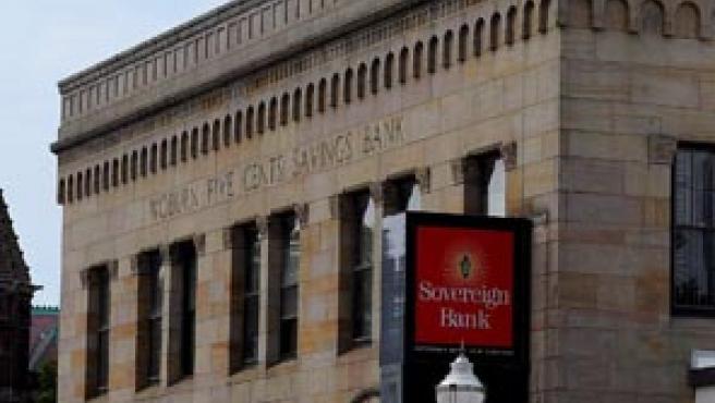 El banco tiene una gran presencia en el noreste de EE UU. En la imagen, una sucursal en Woburn, Massachusetts (C. J. Gunther / Efe)