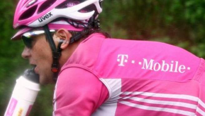 El alemán Jan Ullrich, en una imagen durante su etapa como ciclista profesional (EFE).