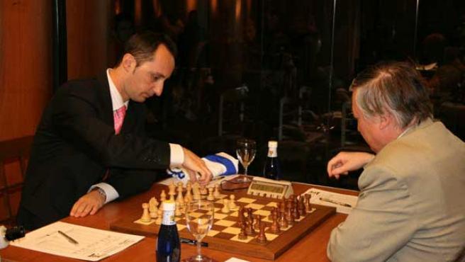 Partida de ajedrez. (ARCHIVO)