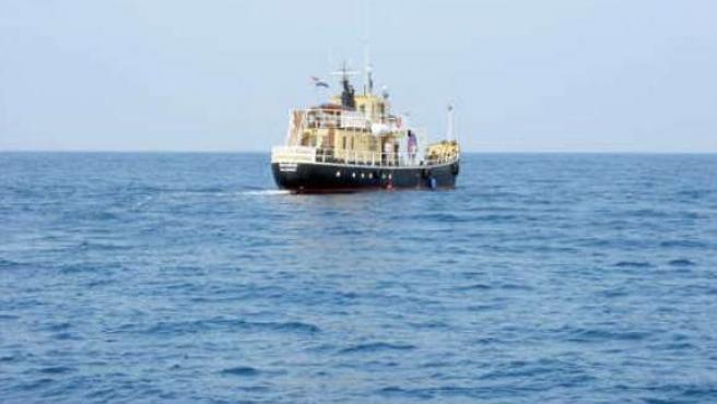 El Women on Waves, rumbo al puerto de Valencia.