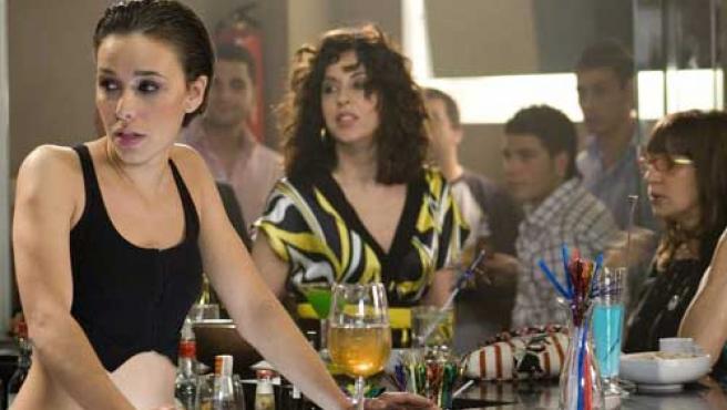 Beth en una escena de 'Lalola', serie de Antena 3.