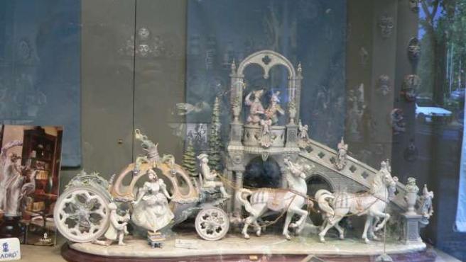 Una figura realizada en el taller de Lladró