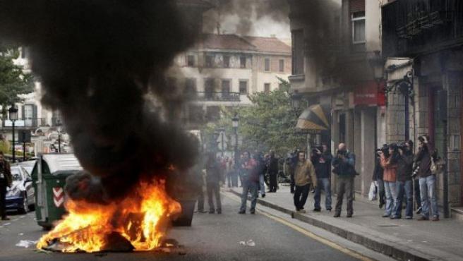 Actos de violencia callejera. (ALFREDO ALDAI/EFE)