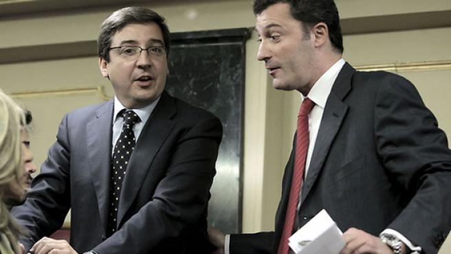 Carlos Salvador y Santiago Cervera en el Congreso. (EFE)