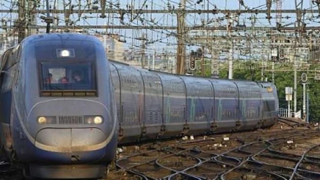 Imagen de un tren de alta velocidad francés.