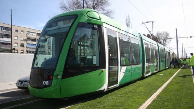 Imagen del tranvía de Parla, en Madrid. (AYTO. PARLA)