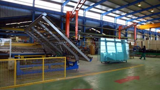 Planta que la empresa Vitro-Cristalglass en la localidad de Toral de los Vados. (ICAL)
