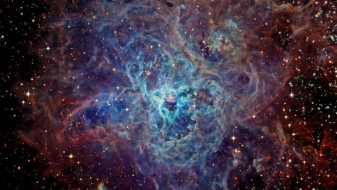 Tiene un diámetro de mil años-luz.
