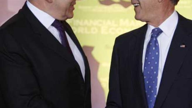 George W. Bush y Gordon Brown en la Cumbre del G-20. (EFE)