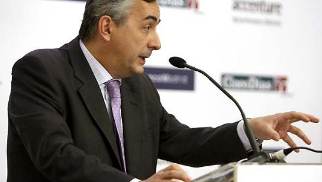 El secretario de Estado de Hacienda y Presupuestos, Carlos Ocaña, durante su intervención de este martes. (Paco Campos / EFE).
